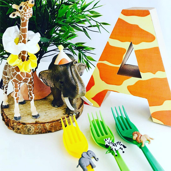 Les Enfants Jungle Party Centerpiece