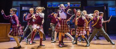 Les Enfants Reviews – School of Rock