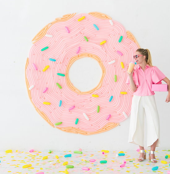 DIY Balloon Doughnut wall