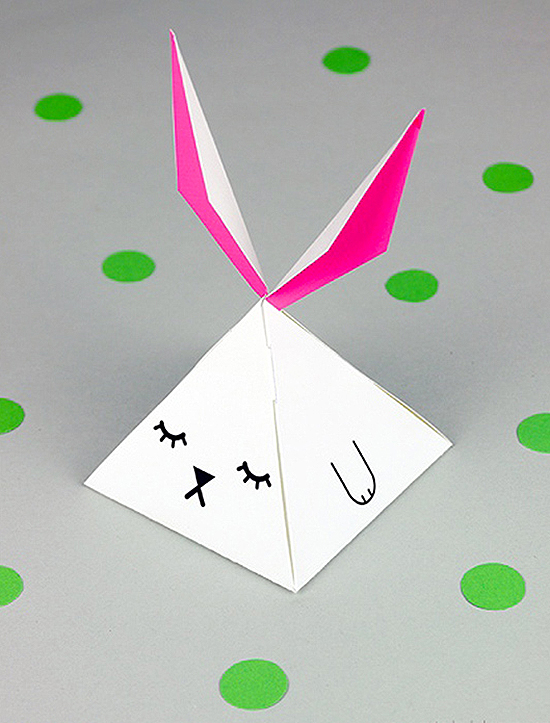 mrprintables-easter-printable-party-favor-box-pyramid-bunny